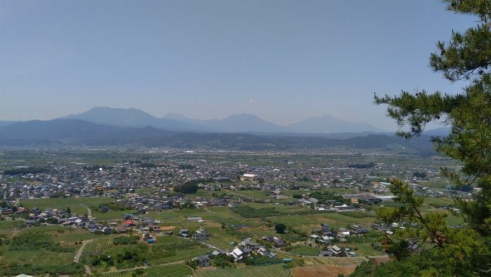 雁田山登山道からの眺め